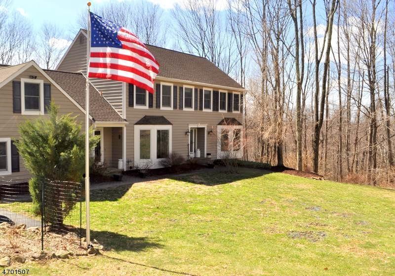 Property for sale at 105 Spring Ln, FL, Washington Township,  NJ 07853