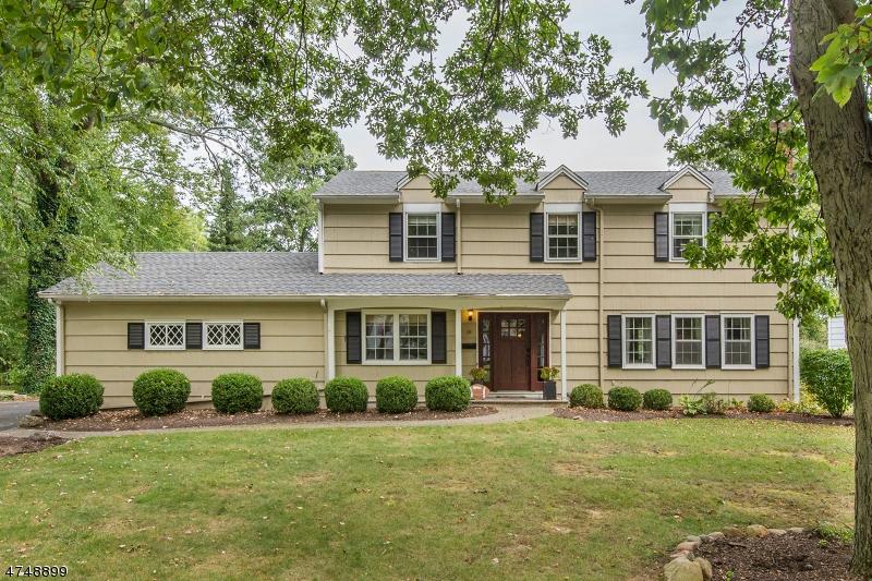 Property for sale at 25 Ronarm Dr, Mountain Lakes Boro,  NJ 07046