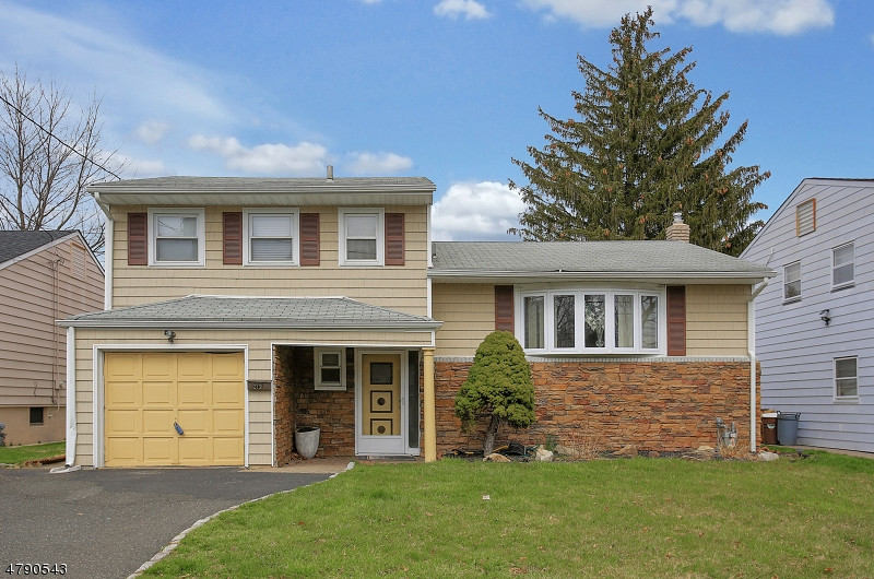 Property for sale at 2731 Alice Ter, Union Twp.,  NJ  07083