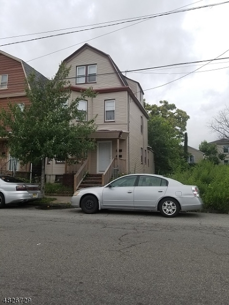 Photo of home for sale at 751 S 14TH ST, Newark City NJ