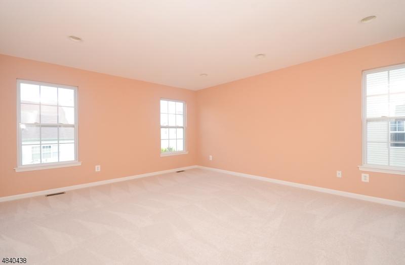 1 FOXFIELD CT Franklin Twp., NJ 08540 - MLS #: 3508357