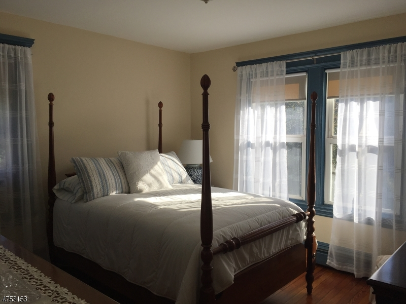 30 Hawthorne Ave Nutley Twp., NJ 07110 - MLS #: 3424458