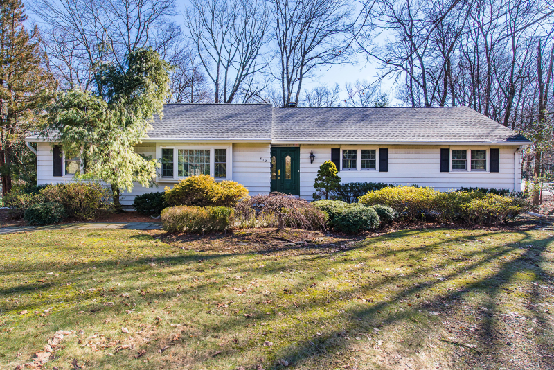 Property for sale at 612 Lawlins Rd, Wyckoff Township,  NJ 07481