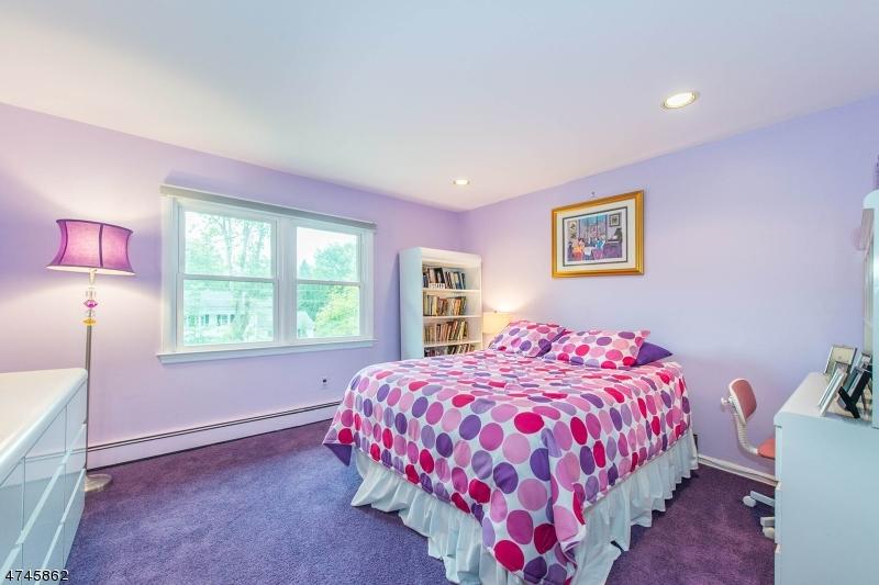 6 Ivy Lane Parsippany-Troy Hills Twp., NJ 07054 - MLS #: 3417859