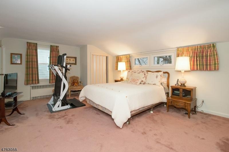 11 Roosevelt Ave West Orange Twp., NJ 07052 - MLS #: 3434560