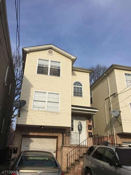 Photo of home for sale at 128 19th Ave, Irvington Twp. NJ