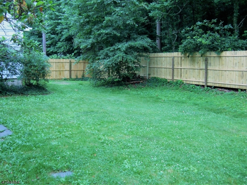 52 Tamaques Way Westfield Town, NJ 07090 - MLS #: 3461860