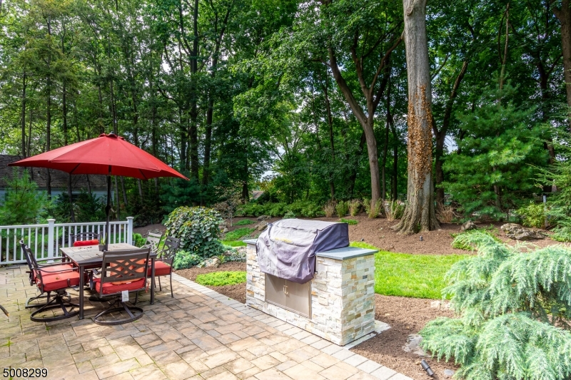 Photo of home for sale at 24 EDGEWOOD RD, Edison Twp. NJ