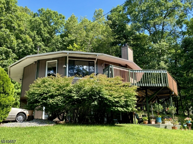 Photo of home for sale at 13 SUNRISE TRL, Sandyston Twp. NJ