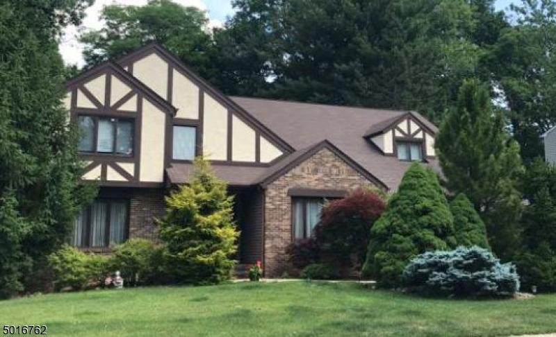 Photo of home for sale at 49 WILSON PL, Closter Boro NJ