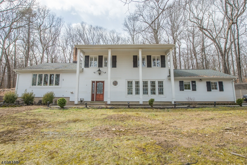 Property for sale at 9 Wetmore Dr, Boonton Township,  NJ 07005
