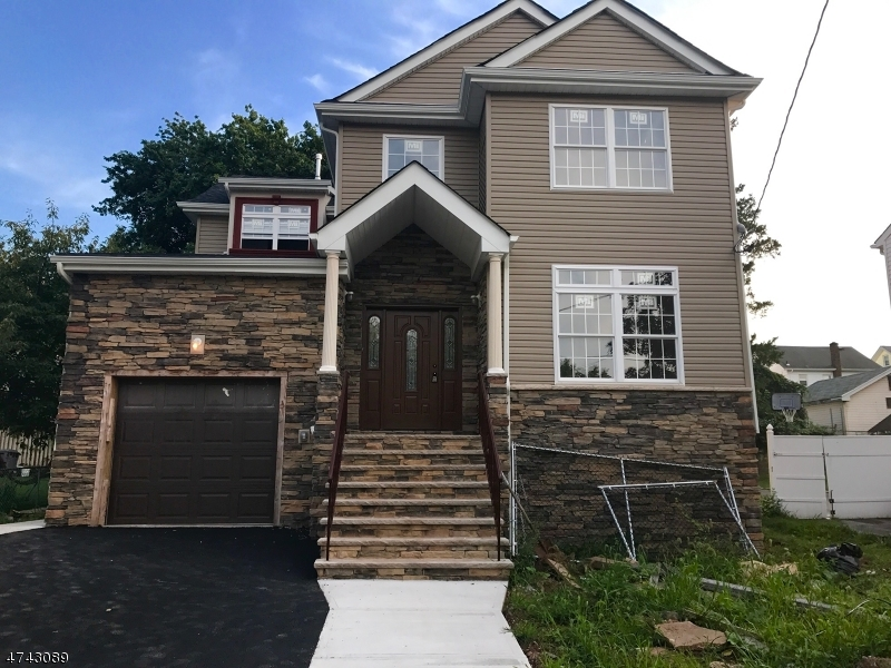 2046 Stecher Ave Union Twp., NJ 07083 - MLS #: 3414861