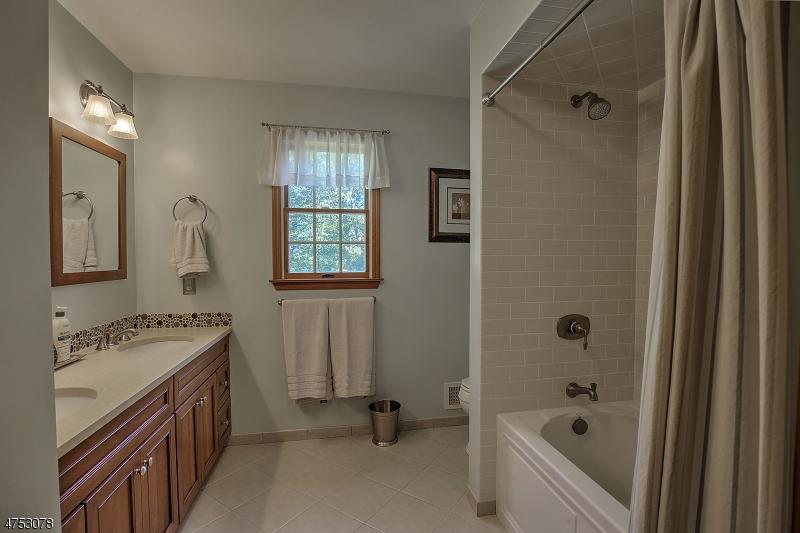 765 Backhus Estate Rd Lebanon Twp., NJ 08826 - MLS #: 3424361
