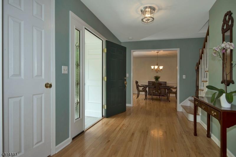 16 MOUNTAINSIDE RD Mendham Boro, NJ 07945 - MLS #: 3480561