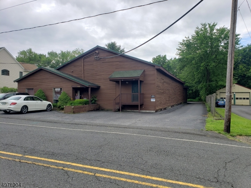 Photo of home for sale at 153 MAIN ST, Lebanon Boro NJ