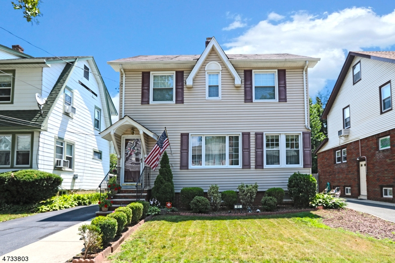 41 Clark Ave, Bloomfield Township, NJ 07003