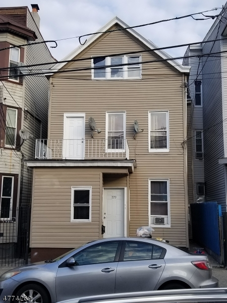 Photo of home for sale at 779 E 19th St, Paterson City NJ