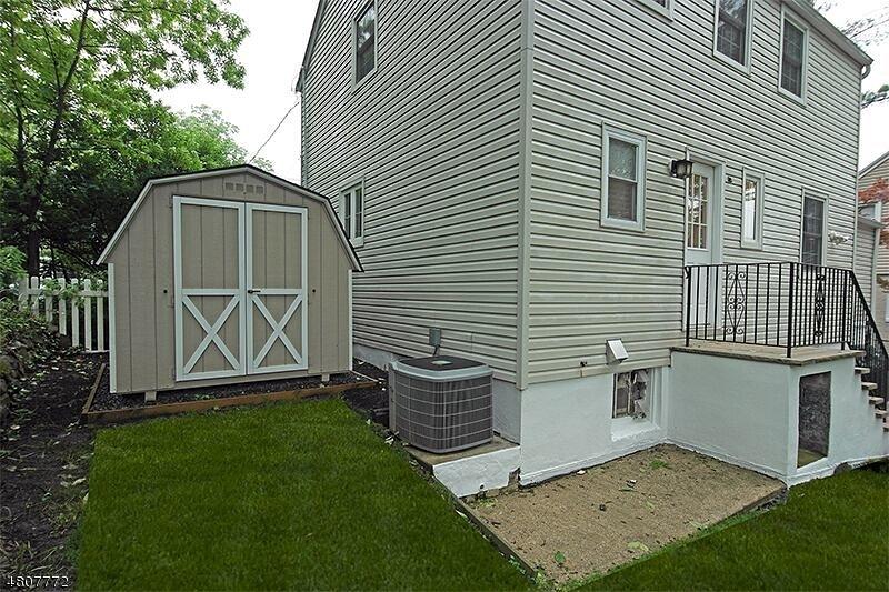16 Edgemont Rd West Orange Twp., NJ 07052 - MLS #: 3474162