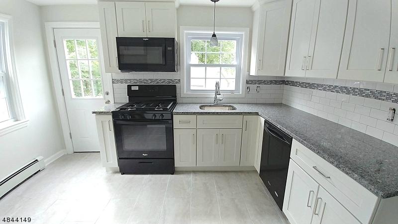 1074 WOOLLEY AVE Union Twp., NJ 07083 - MLS #: 3508362