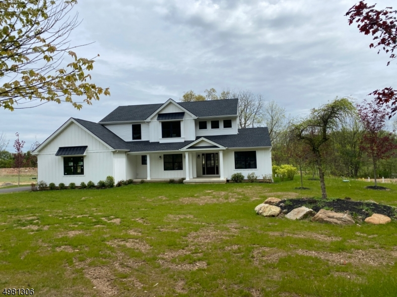 Photo of home for sale at 10 Ava Way, Pennsylvania PA