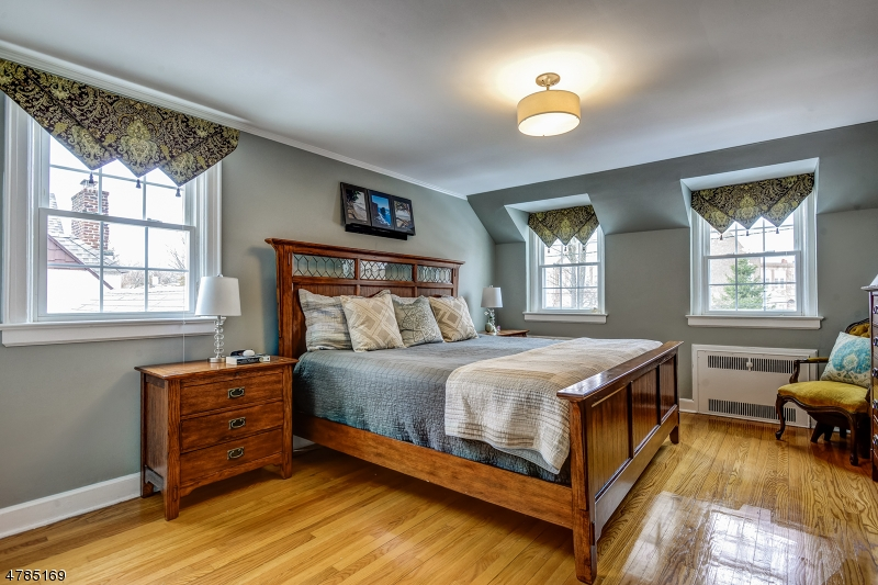 30 Berkshire Rd Maplewood Twp., NJ 07040 - MLS #: 3453363