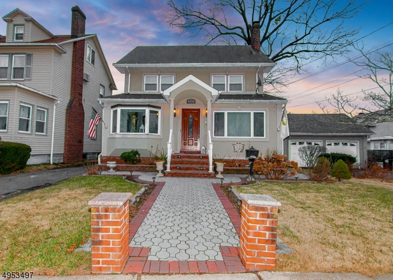 Photo of home for sale at 237 MONMOUTH RD, Elizabeth City NJ