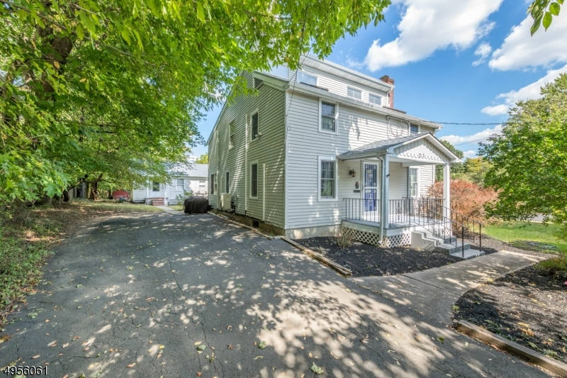 Photo of home for sale at 27 E FRANKLIN AVE, Pennington Boro NJ