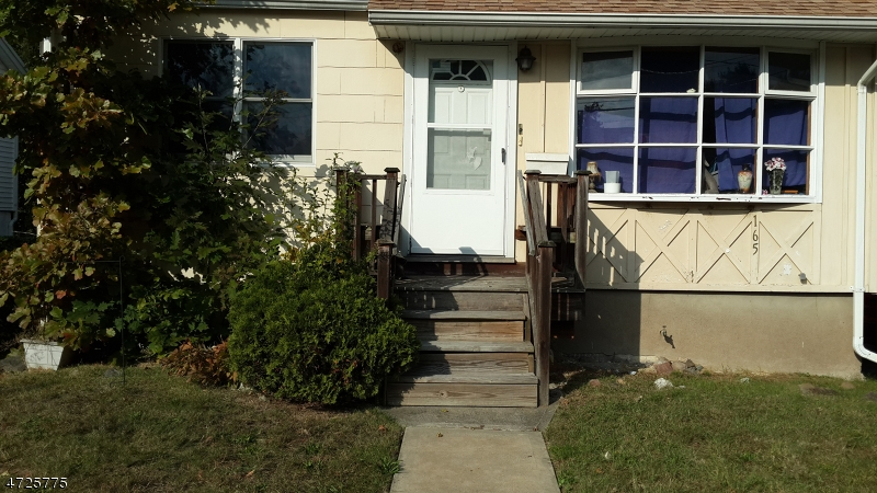 165 W Prospect St Waldwick Boro, NJ 07463 - MLS #: 3398864