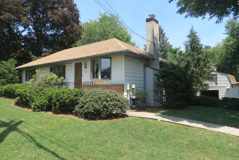 Property for sale at 13 Romaine Rd, North Haledon Borough,  NJ 07508