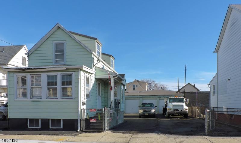 Photo of home for sale at 308 PALMER ST, Elizabeth City NJ