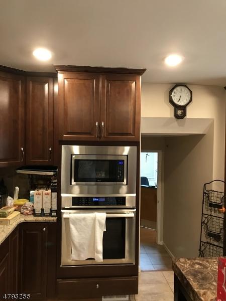 270 N Beverwyck Rd Parsippany-Troy Hills Twp., NJ 07054 - MLS #: 3461865