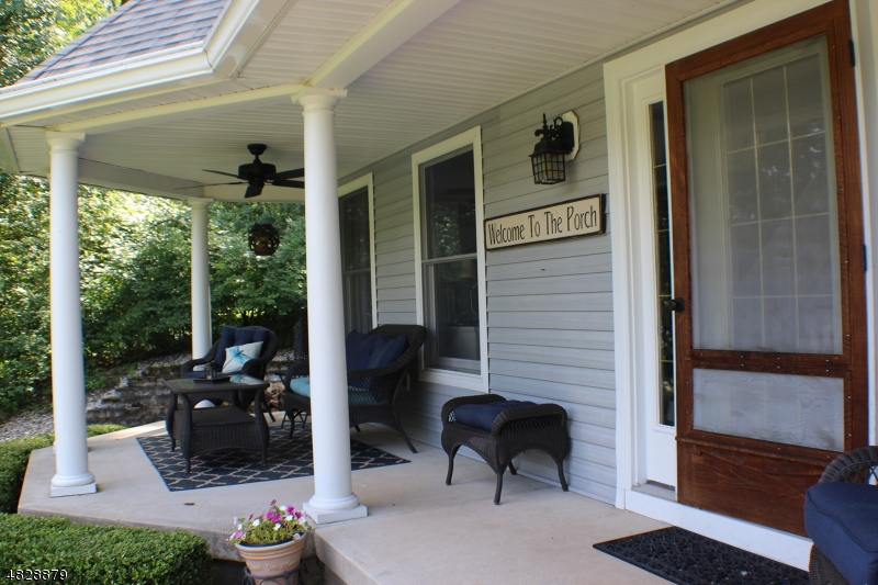 Photo of home for sale at 52 MORRIS LAKE RD, Sparta Twp. NJ