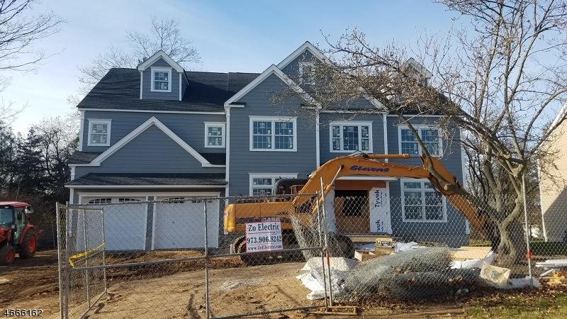 Property for sale at 11 Tucker St, Florham Park Borough,  NJ 07932