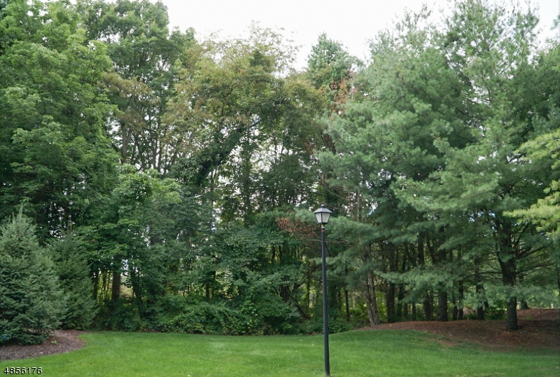 Photo of home for sale at 2 TANNERY HILL DR, Hardyston Twp. NJ