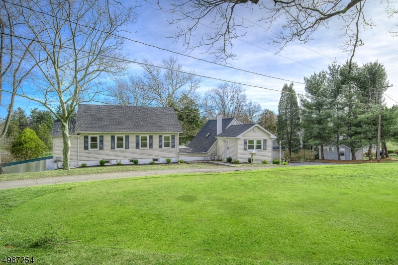 Photo of home for sale at 123 COPPER HILL RD, Raritan Twp. NJ