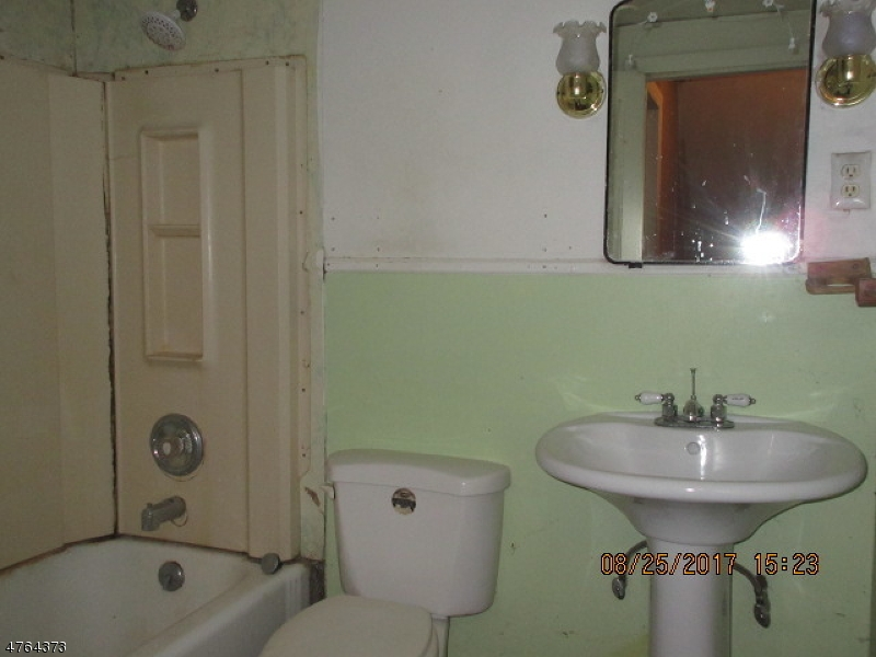 365 Old Main St Franklin Twp., NJ 08802 - MLS #: 3434667
