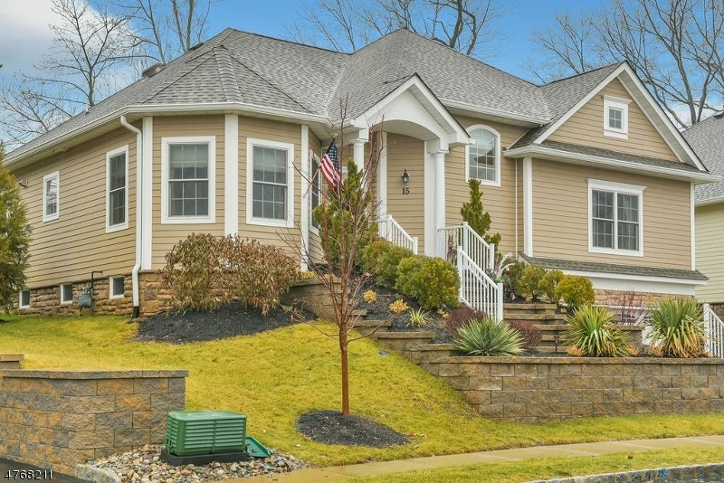 15 Linda Ct Montville Twp., NJ 07045 - MLS #: 3442867