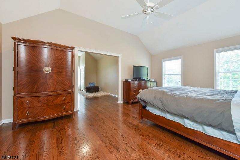 3 EDINBURGH DR Randolph Twp., NJ 07869 - MLS #: 3493267