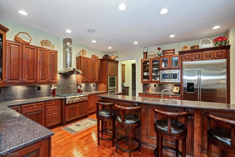 7 AVON RD Warren Twp., NJ 07059 - MLS #: 3398168