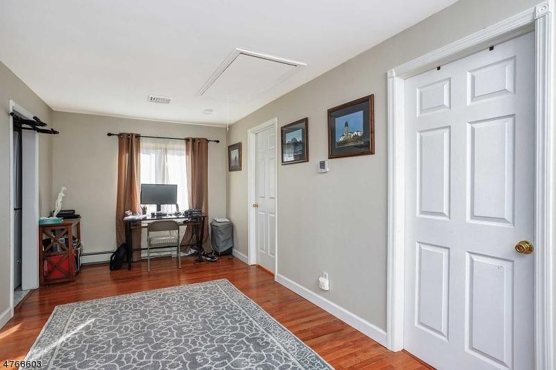 19 Hillcrest Rd Warren Twp., NJ 07059 - MLS #: 3450368