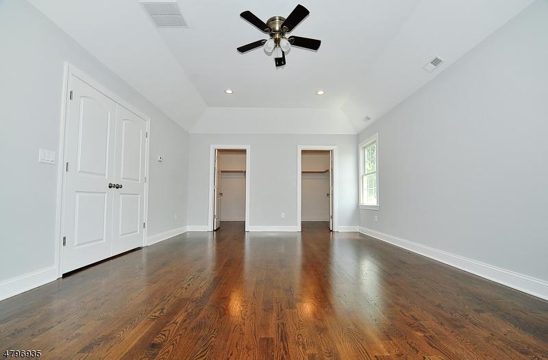 3 Loeser Ave Clark Twp., NJ 07066 - MLS #: 3463968