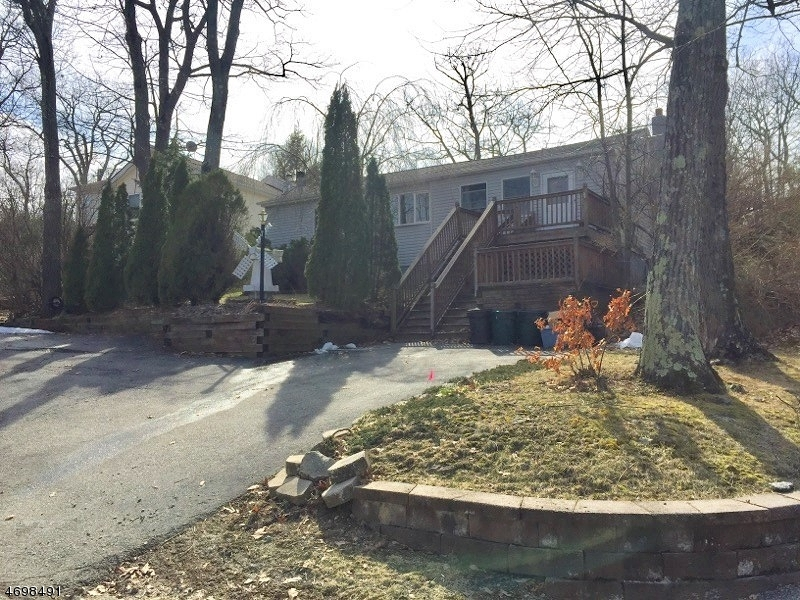 Photo of home for sale at 27 Tansboro Rd, West Milford Twp. NJ