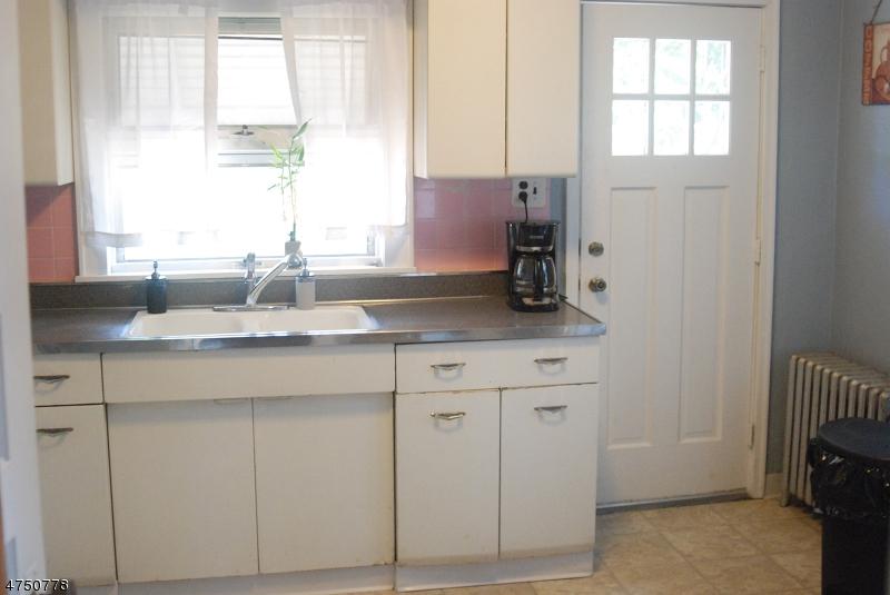 Bloomfield Twp., NJ 07003 - MLS #: 3422570