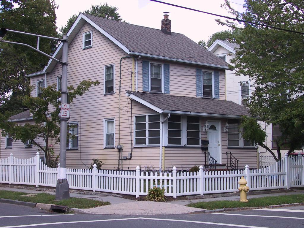 Property for sale at 204 Spruce St Unit: 2, Bloomfield Twp.,  NJ 07003