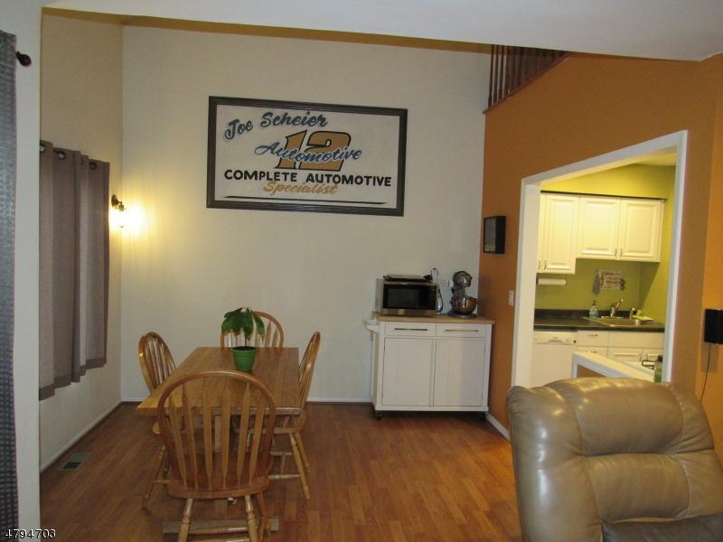 414 Village Cmns Raritan Twp., NJ 08822 - MLS #: 3461870