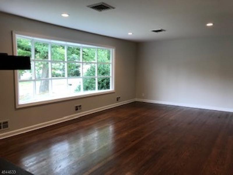 10 WOODLAND AVE North Caldwell Boro, NJ 07006 - MLS #: 3508270