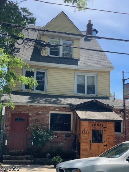 Photo of home for sale at 278 DAYTON ST, Newark City NJ