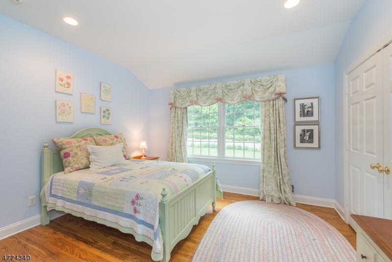 33 Highland Ave Chatham Boro, NJ 07928 - MLS #: 3398171