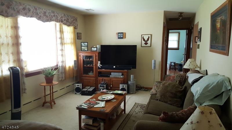 601 Louis St Manville Boro, NJ 08835 - MLS #: 3398371
