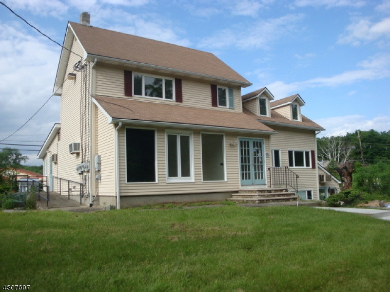 Photo of home for sale at 341 US Highway 206, Frankford Twp. NJ